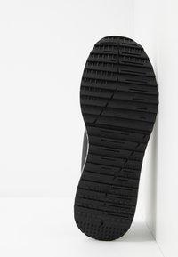 Versace Jeans Couture - LINEA FONDO SUPER - Sneakers - nero - 4