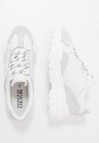 Versace Jeans Couture - LINEA FONDO SPEED - Zapatillas - white - 1