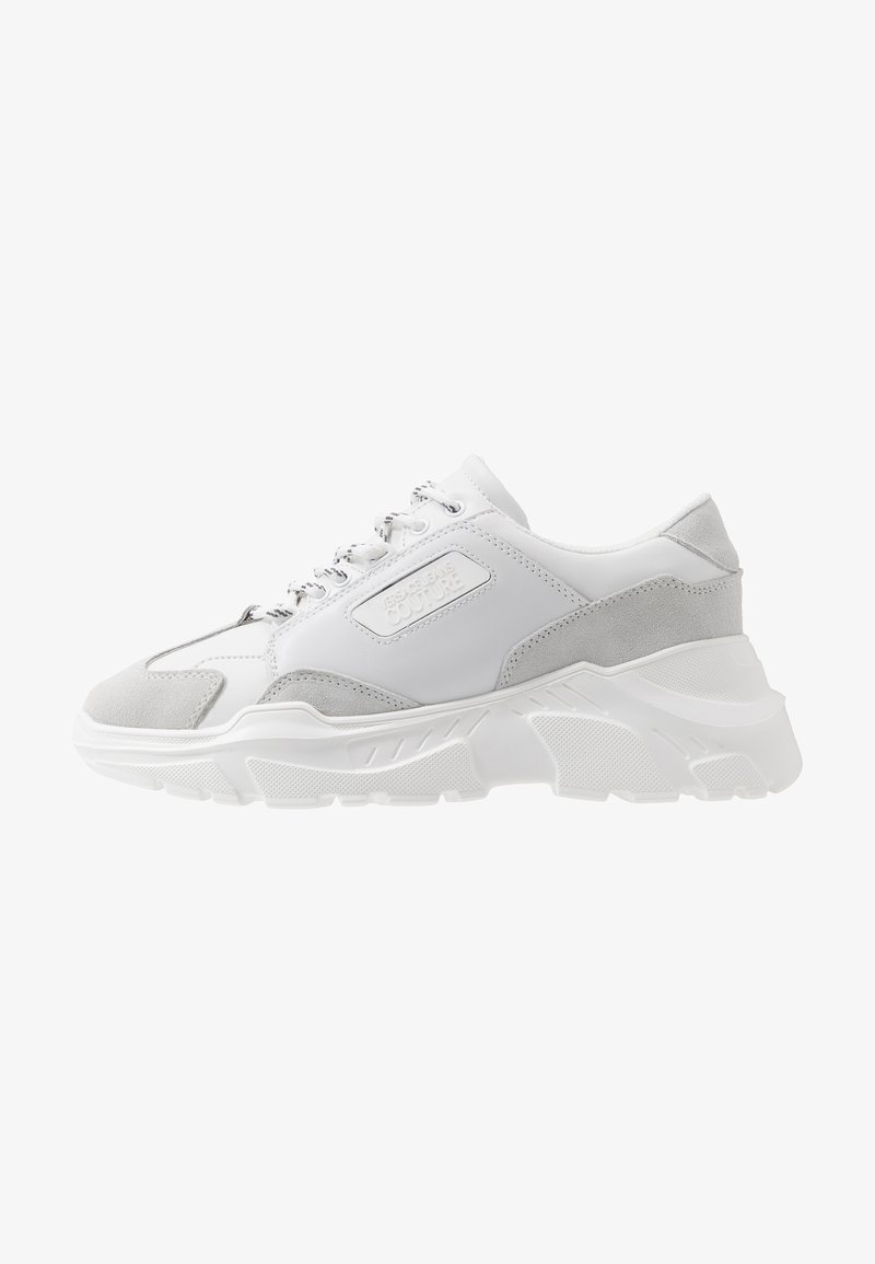 Versace Jeans Couture - LINEA FONDO SPEED - Baskets basses - white