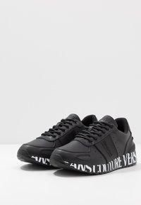 Versace Jeans Couture - LINEA FONDO WAVE  - Matalavartiset tennarit - black - 2