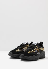 Versace Jeans Couture - Baskets basses - black - 2