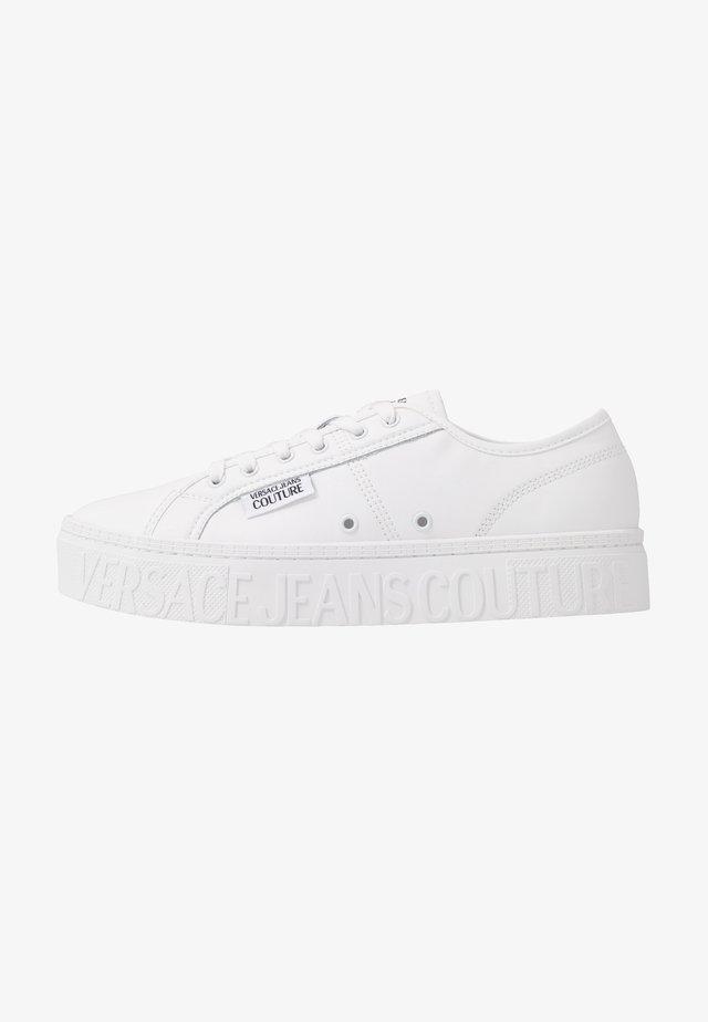 CASSETTA LOGATA  - Sneakers - white