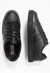 Versace Jeans Couture - FONDO CASSETTA  - Baskets basses - black - 1
