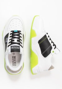 Versace Jeans Couture - Trainers - white/green - 1