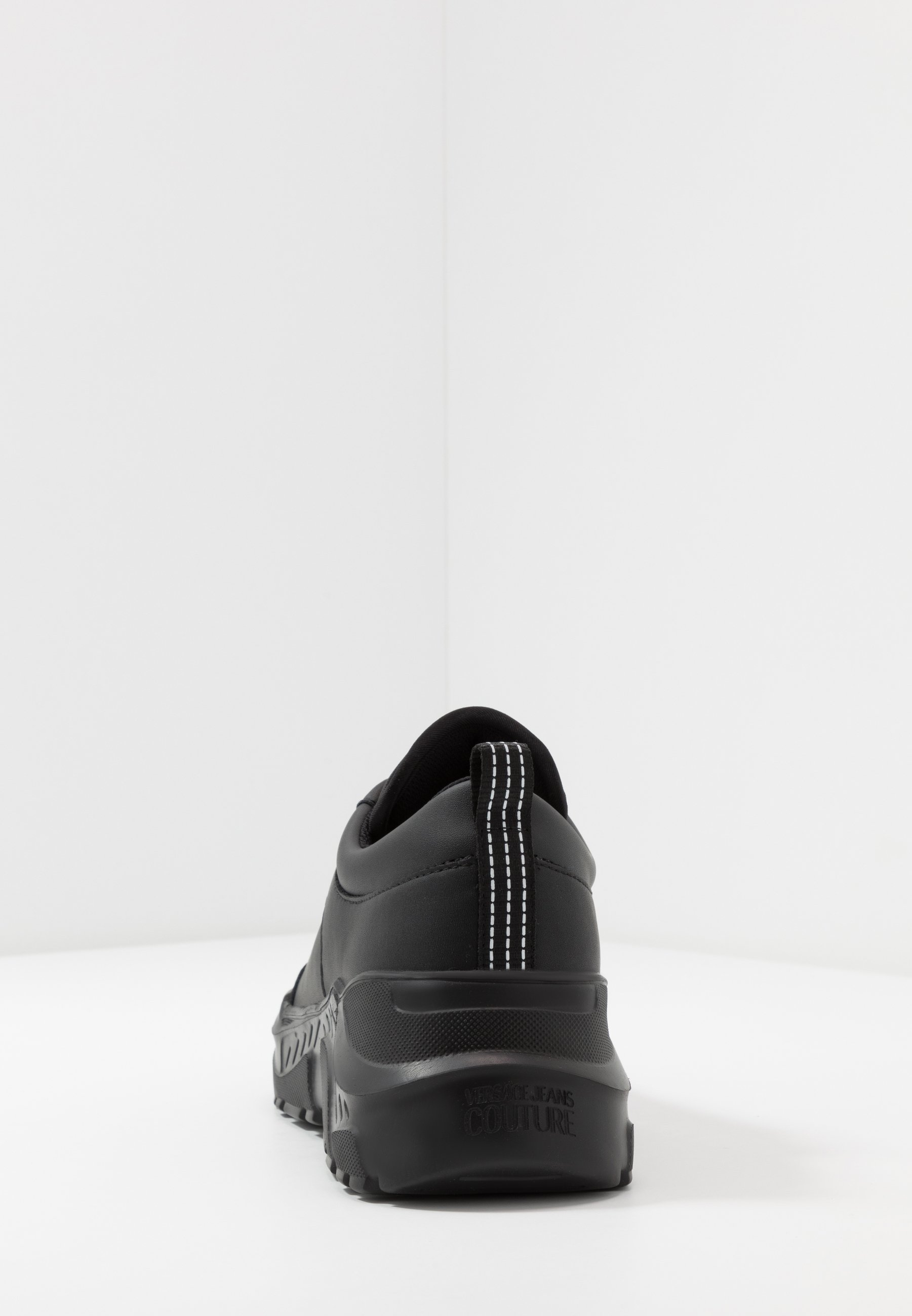 Versace Jeans Couture Baskets basses nero ZALANDO.FR