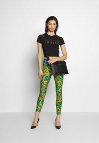 Versace Jeans Couture - LADY FUSEAUX - Legging - pure mint - 1