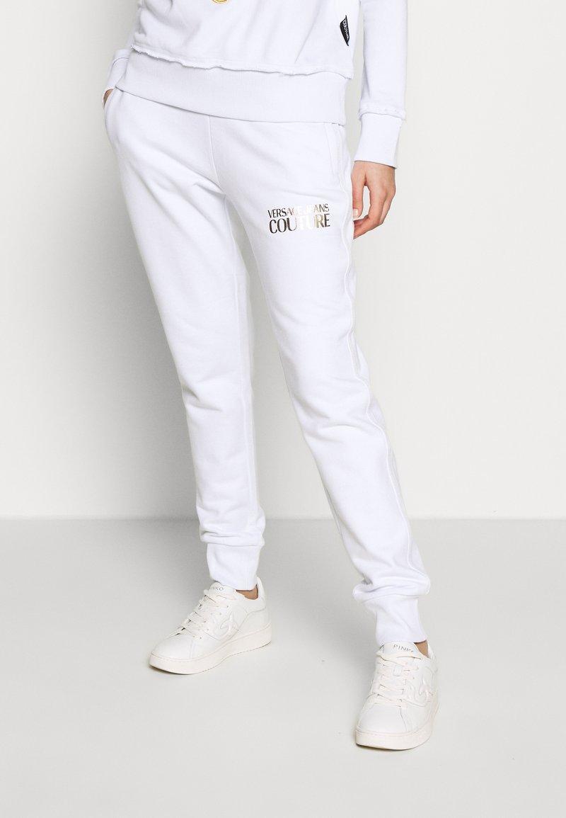 Versace Jeans Couture - LADY TROUSER - Joggebukse - bianco ottico
