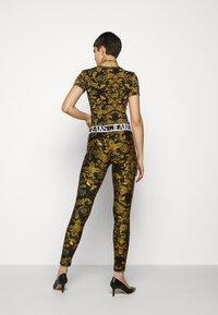 Versace Jeans Couture - Leggingsit - black - 2