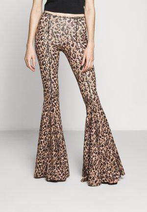 Trousers - lark