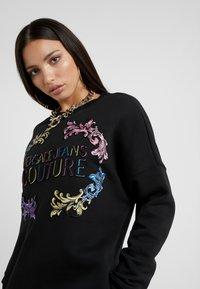 Versace Jeans Couture - Vardagsklänning - black - 4