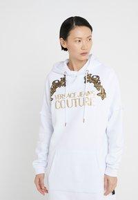 Versace Jeans Couture - Vardagsklänning - white - 0