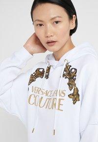 Versace Jeans Couture - Vardagsklänning - white - 3