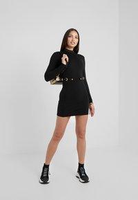 Versace Jeans Couture - Robe fourreau - black - 1