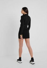 Versace Jeans Couture - Robe fourreau - black - 2