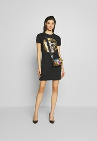 Versace Jeans Couture - LADY DRESS - Korte jurk - black/gold - 1