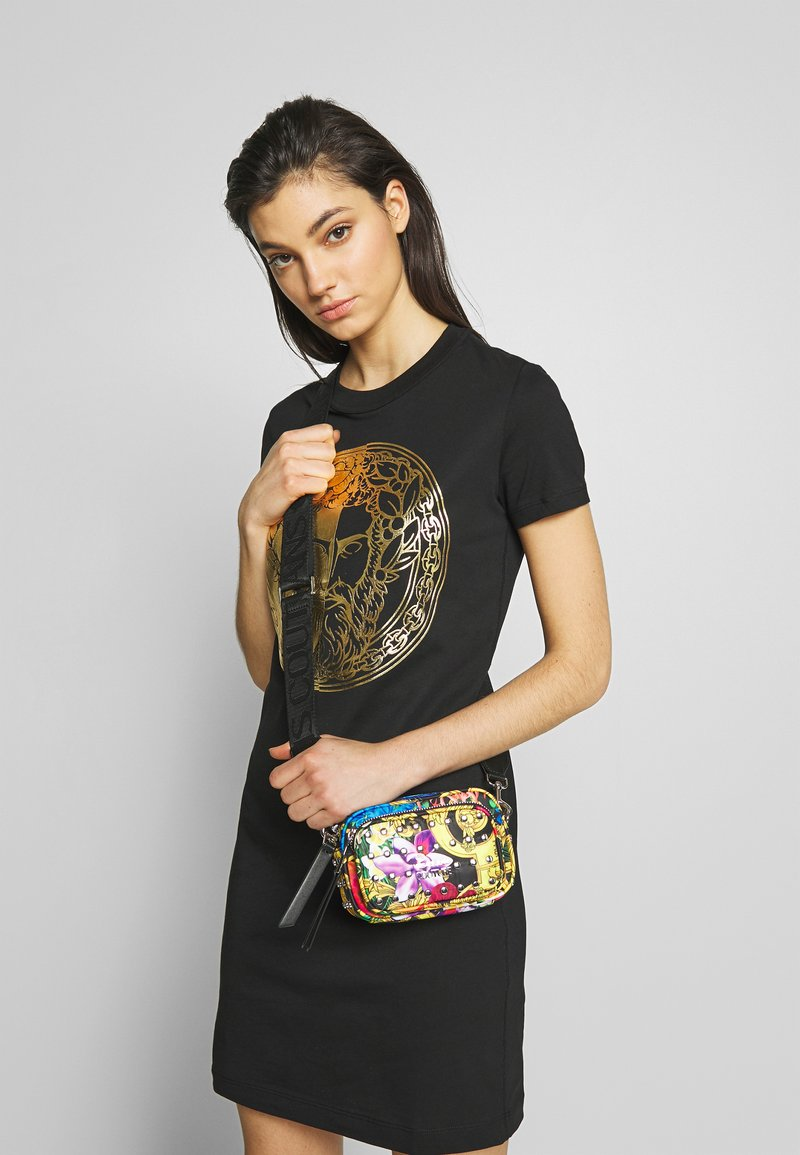 Versace Jeans Couture - LADY DRESS - Vestito estivo - black/gold
