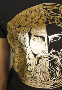 Versace Jeans Couture - LADY DRESS - Vestito estivo - black/gold - 5