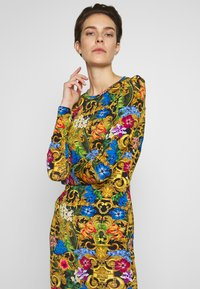 Versace Jeans Couture - LADY DRESS - Robe en jersey - multi-coloured - 3