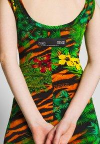 Versace Jeans Couture - Žerzejové šaty - mult scuri - 4