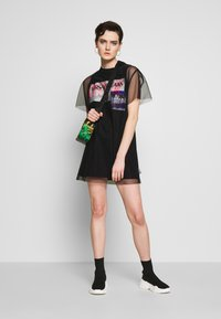 Versace Jeans Couture - Denní šaty - black - 1