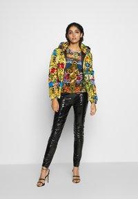 Versace Jeans Couture - LADY - Top sdlouhým rukávem - mult scuri - 1