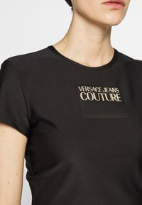 Versace Jeans Couture - LADY  - Triko spotiskem - nero - 5