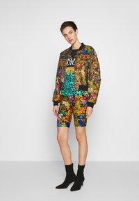 Versace Jeans Couture - LADY  - Print T-shirt - pure mint - 1