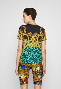 Versace Jeans Couture - LADY  - Print T-shirt - pure mint - 2