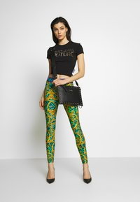 Versace Jeans Couture - LADY - T-shirt print - black/gold