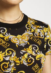 Versace Jeans Couture - Print T-shirt - nero - 5