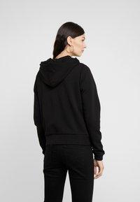 Versace Jeans Couture - Felpa aperta - nero - 2