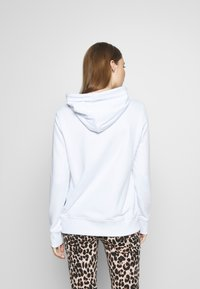 Versace Jeans Couture - LADY LIGHT SWEATER - Mikina skapucí - white - 2