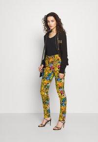 Versace Jeans Couture - LADY TROUSER - Skinny džíny - multi-coloured - 1