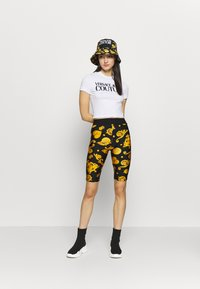 Versace Jeans Couture - Shorts - black - 1
