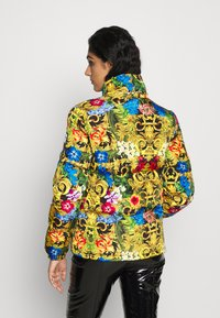Versace Jeans Couture - QUILTED JACKET - Gewatteerde jas - multi-coloured - 3