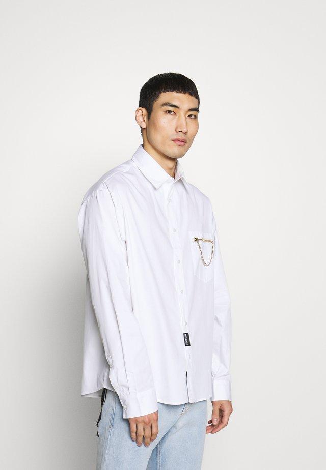 CHAIN SHIRT - Hemd - white
