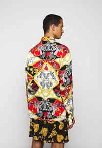 Versace Jeans Couture - PRINT BELT PAISLEY - Overhemd - rosso - 2
