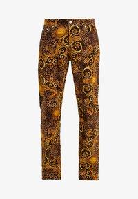 Versace Jeans Couture - PANTALONI UOMO - Kangashousut - gold - 4
