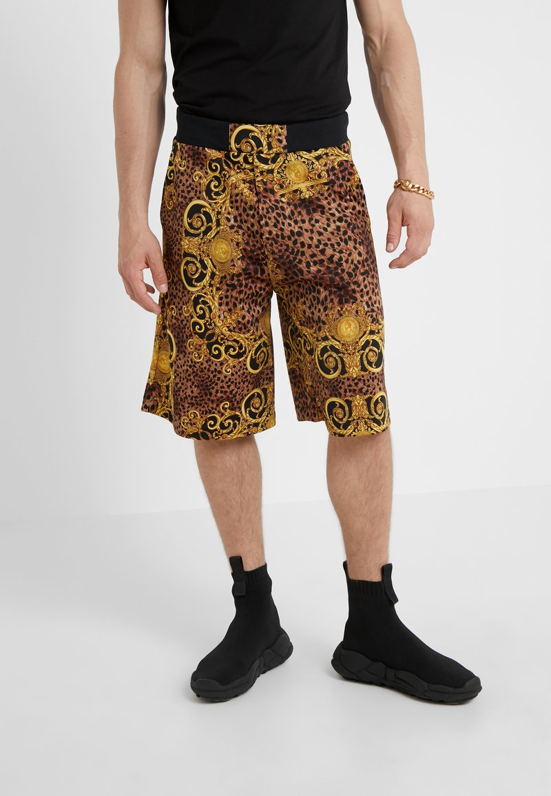 Versace Jeans Couture - PANTALONI CORTI - Shorts - gold