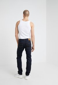 Versace Jeans Couture - PANTALONI UOMO - Vaqueros slim fit - indigo - 2