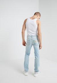 Versace Jeans Couture - PANTALONE - Jeans Slim Fit - indigo - 2
