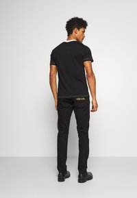Versace Jeans Couture - Jeansy Slim Fit - black - 2