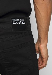 Versace Jeans Couture - BASIC JEANS LONDON - Jean slim - black - 3