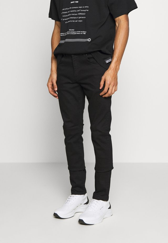 BASIC JEANS LONDON - Jeansy Slim Fit - black