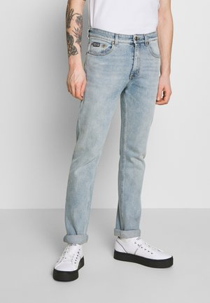 SLIM BACK POCKET LOGO - Slim fit jeans - blue denim