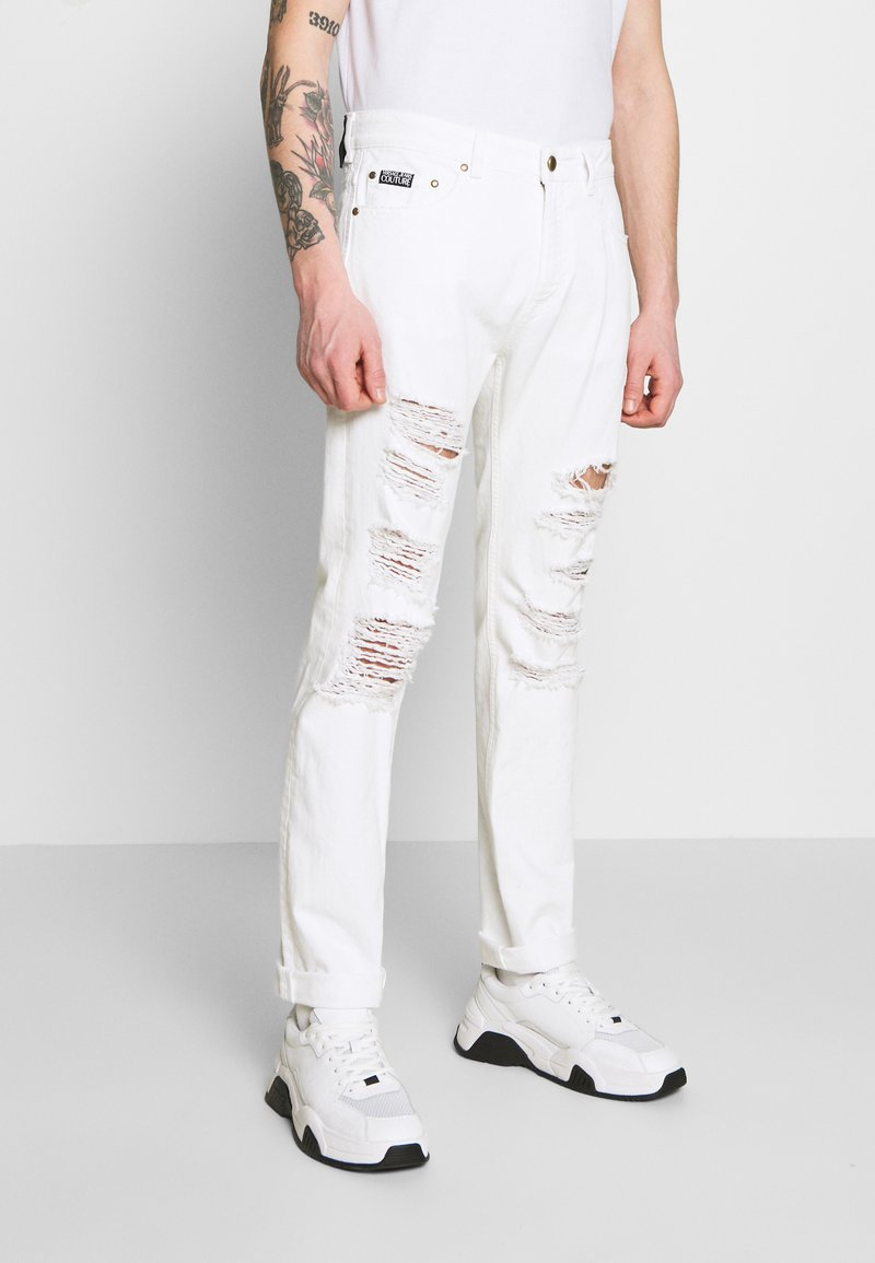 Versace Jeans Couture - MILANO DESTROYED - Slim fit jeans - white