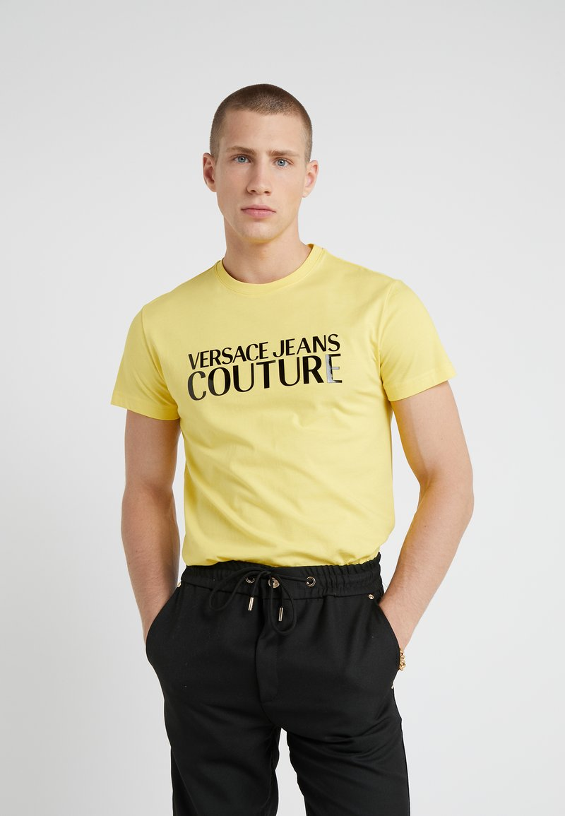 Versace Jeans Couture - MAGLIETTE - T-Shirt print - yellow