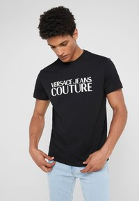 Versace Jeans Couture - MAGLIETTE - T-shirt med print - black - 0