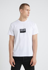 Versace Jeans Couture - MAGLIETTE UOMO - Triko spotiskem - bianco ottico - 0
