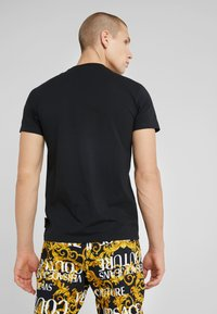 Versace Jeans Couture - LOVE - Print T-shirt - black - 2